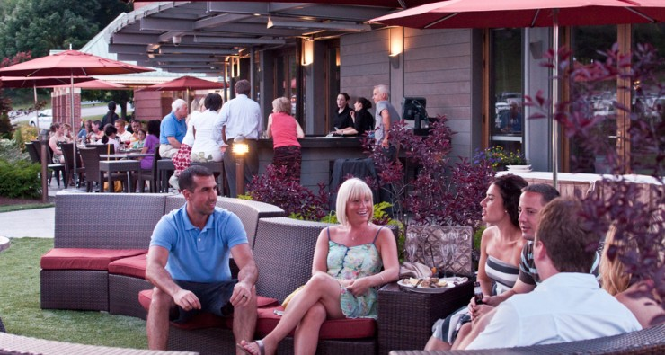 A group enjoying the outdoor seating and Thursday Night Jazz at Ceres Bistro